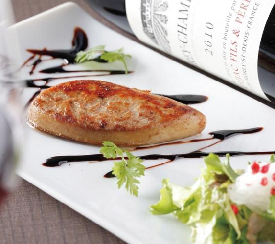 神户三宫名店「彩 SAI-DINING」的铁板烧鹅肝
