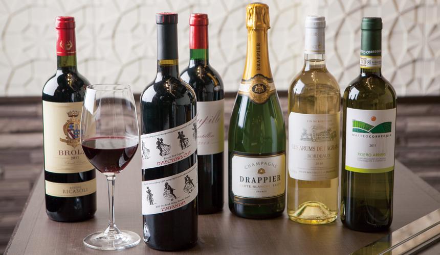 神户三宫名店「彩 SAI-DINING」的多种进口洋酒